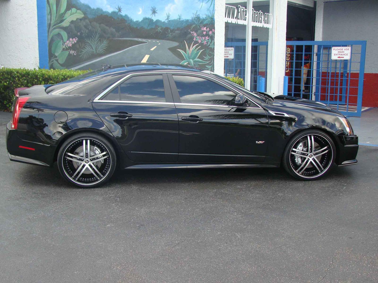 2011 Cadillac CTS-V | Cadillac CTS-V