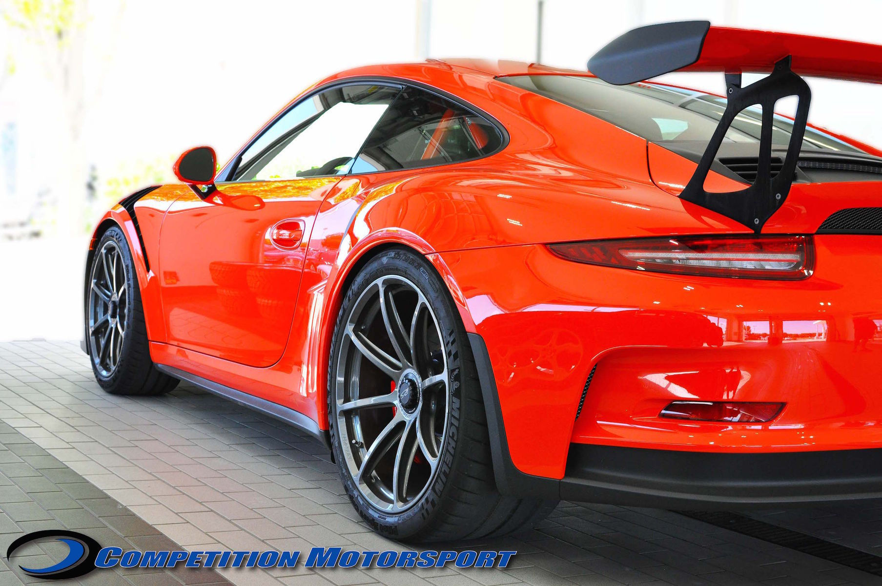 2016 Porsche 911 | Brian Ringwelski's Porsche 991 GT3RS on Forgeline One Piece Forged Monoblock GE1 Wheels - Side Shot