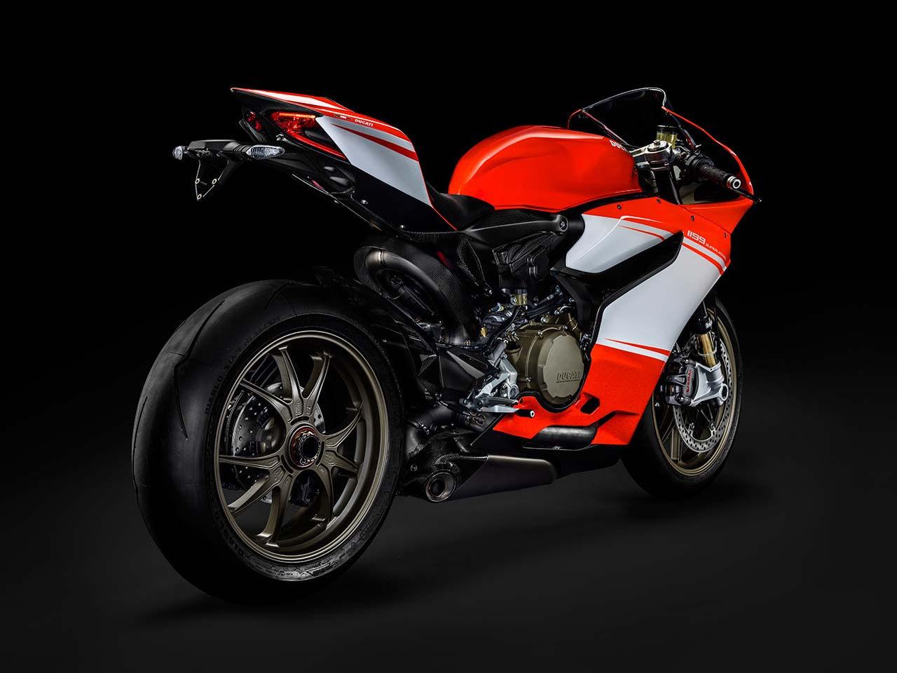2014 Ducati    Ducati Superleggera - Rear Side Shot