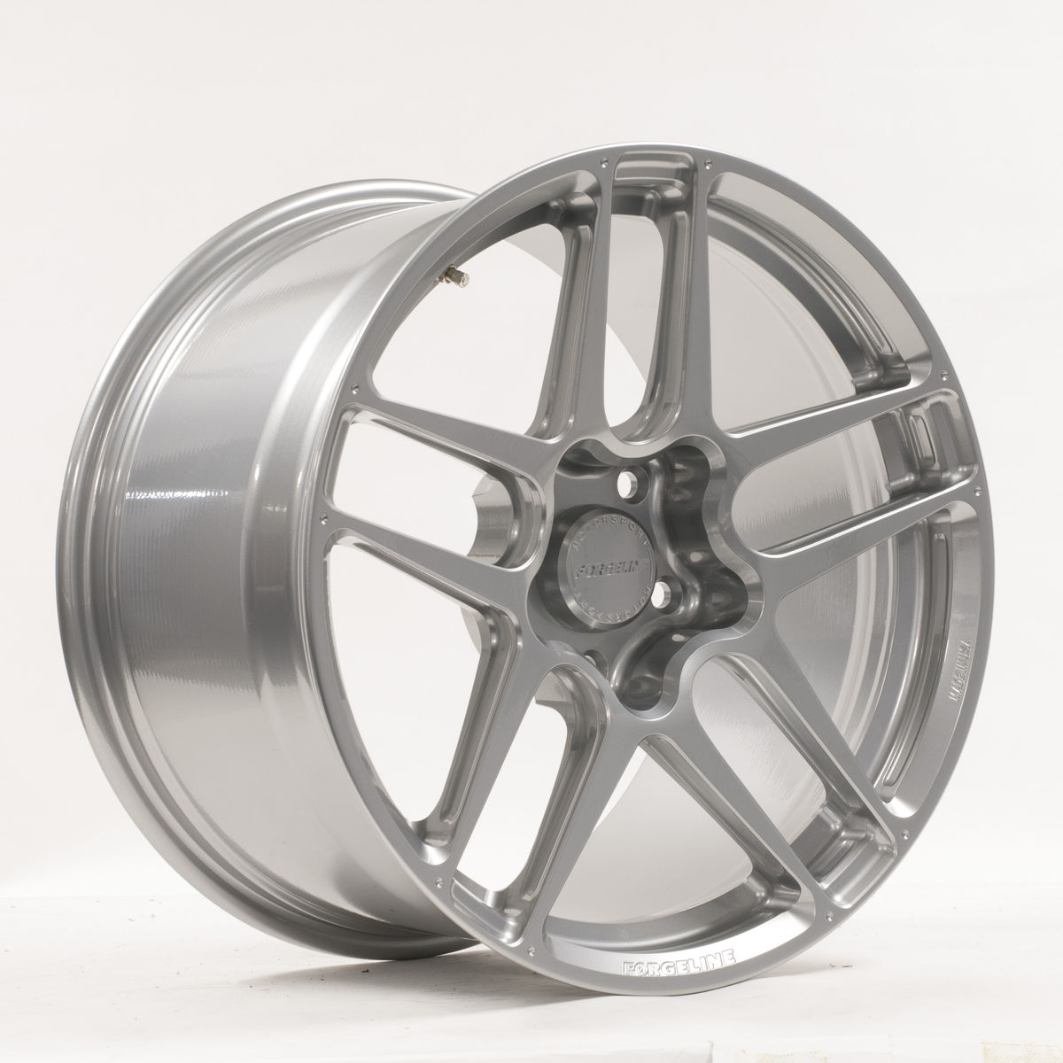 | Forgeline Debuts the New ZO1R Monoblock Racing Wheel at the 2018 PRI Show