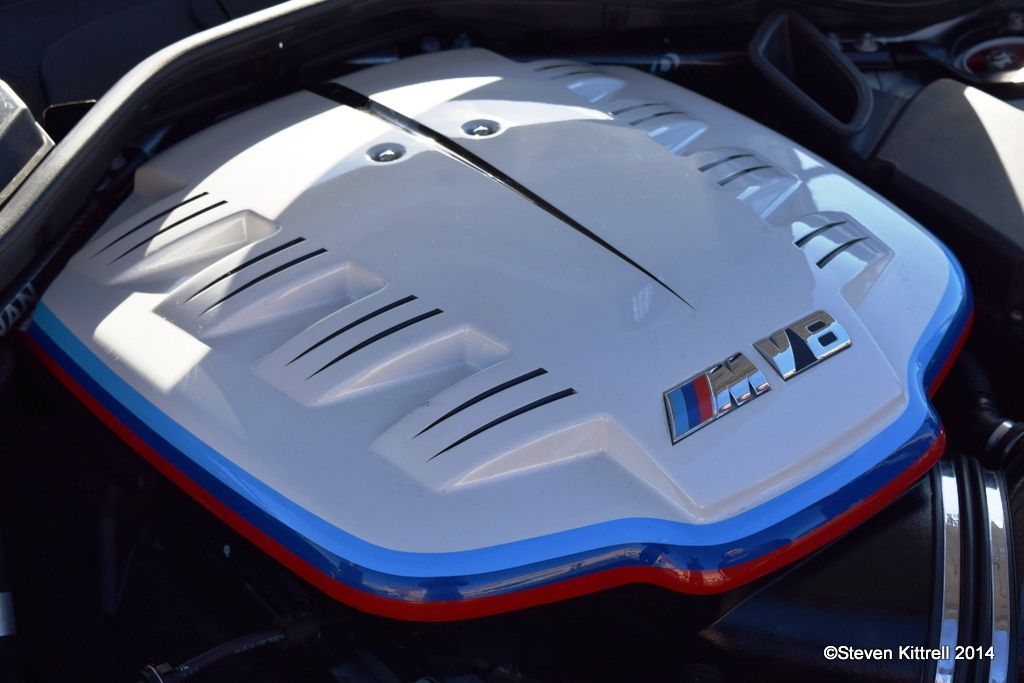 | M3 V8