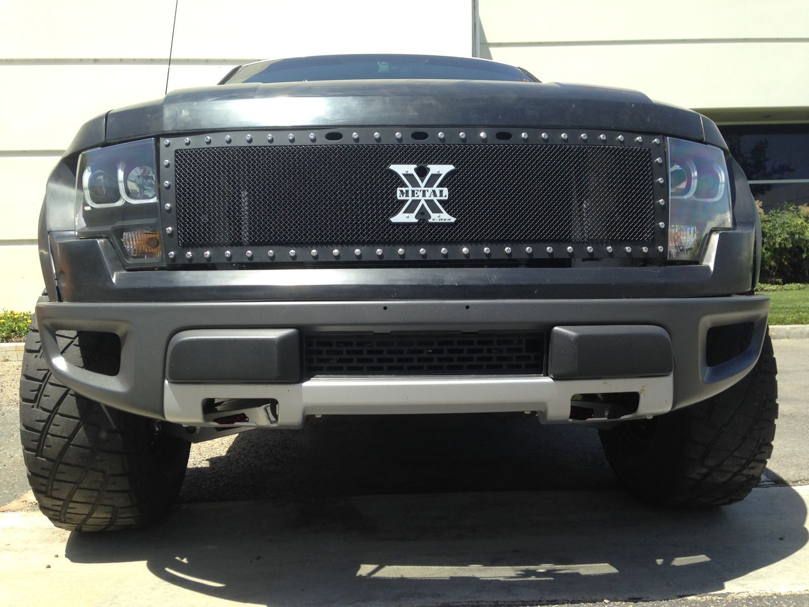 2004 Ford F-150 | Ford F150 Off-Road Raptor Suspension Conversion - Front End Shot