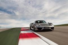 '15 Porsche 918 Spyder at COTA