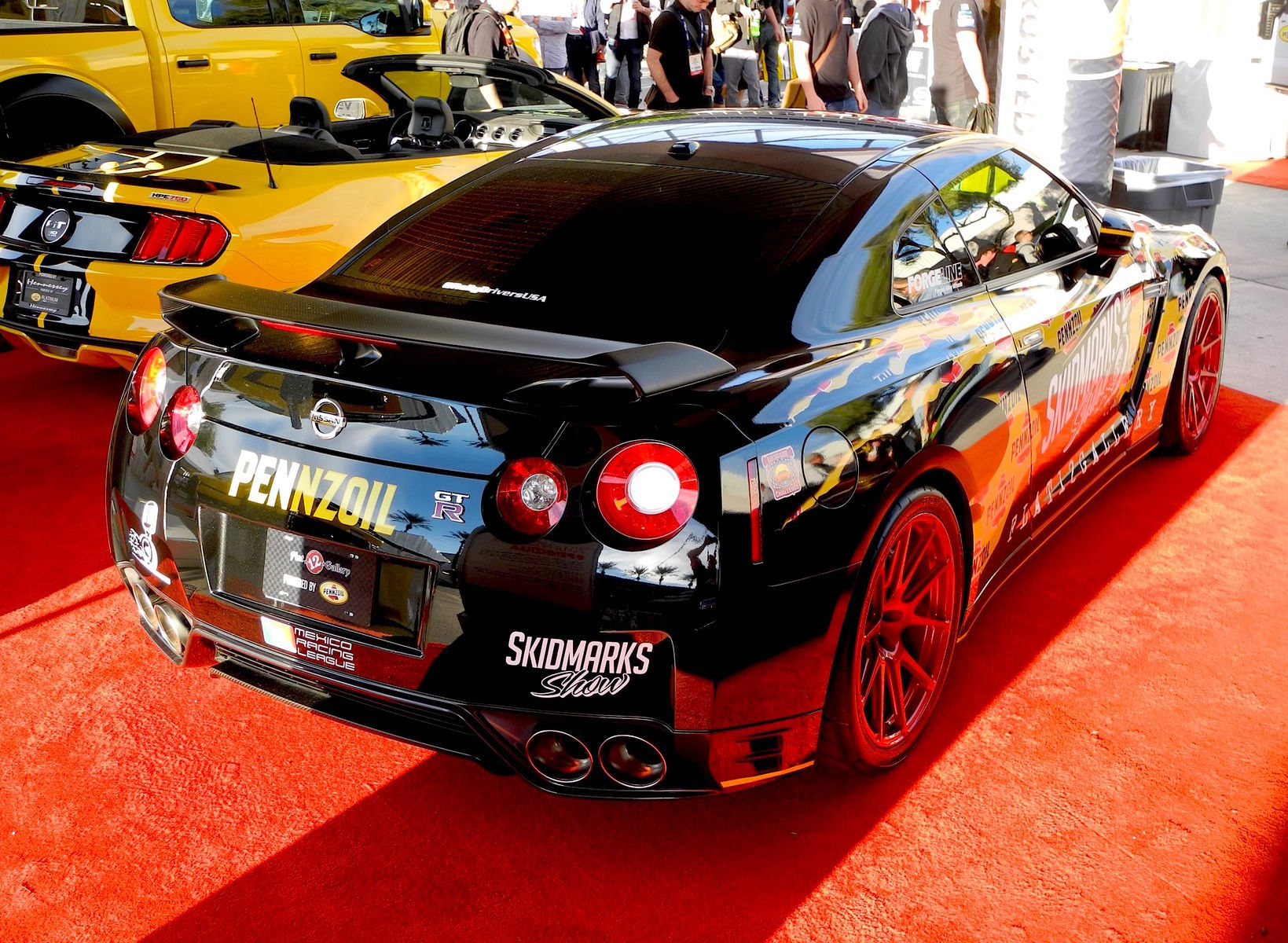 2014 Nissan GT-R   Flat 12 Gallery's