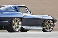 Barry B's Roadster Shop '64 Corvette on Forgeline RS6 Wheels Goes to Auction at Barrett-Jackson