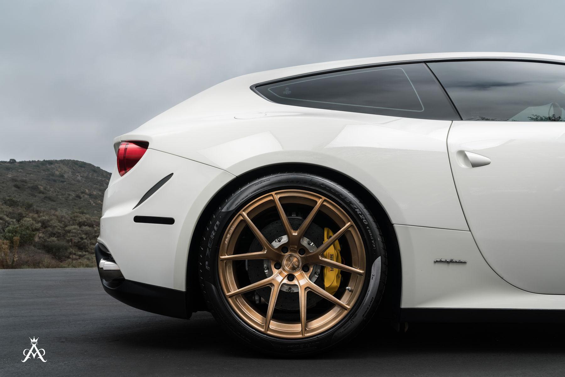 Ferrari FF | Ferrari FF & Mercedes GTS AMG Duo Shoot