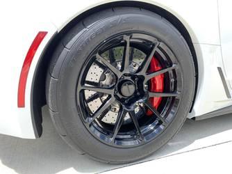 2018 Chevrolet Corvette Z06 | Steve's White C7 Corvette Z06 on Forgeline One Piece Forged Monoblock GS1R Wheels