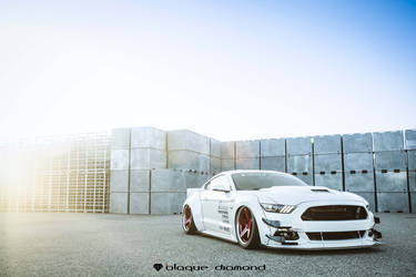 2015 Ford Mustang GT Fitted With 20 Inch BD-21's in Brushed Red Anodized With Chrome SS Lip
