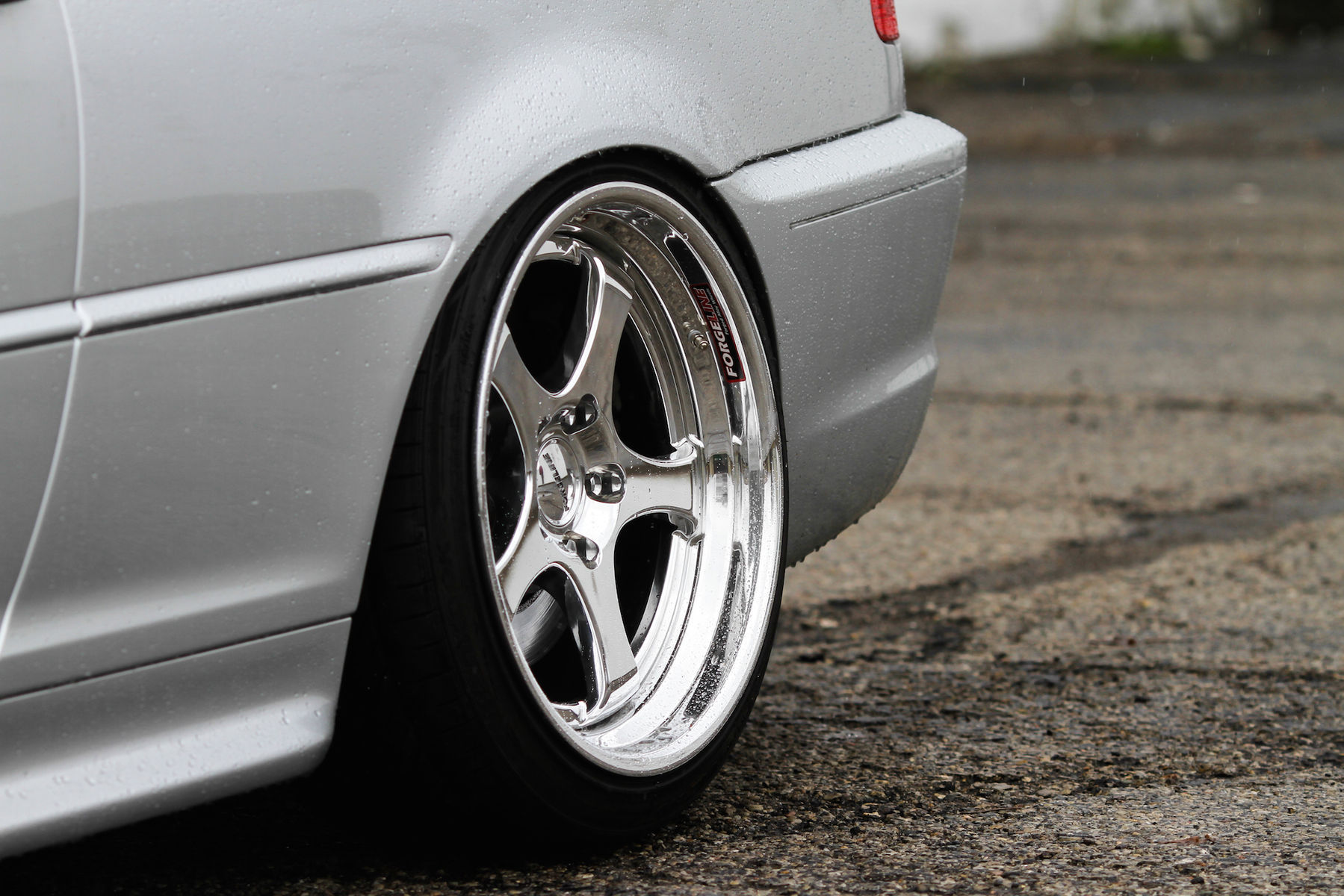 2006 BMW 3 Series | Jake's BMW e46 330ci on Forgeline RS3 Wheels