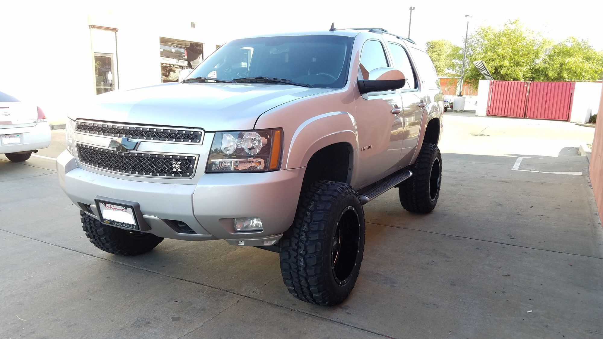 2011 Chevrolet Tahoe   Lifted 7.5 inch Chevy Tahoe 2011