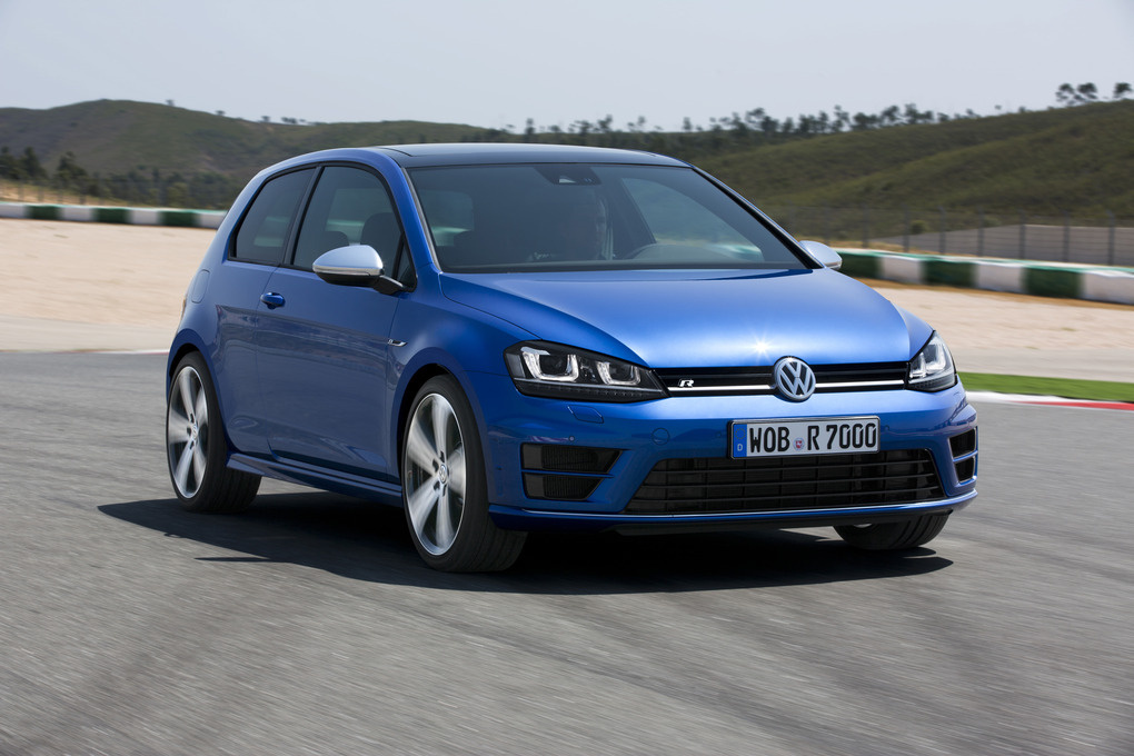2015 Volkswagen Golf R | The '15 VW Golf R