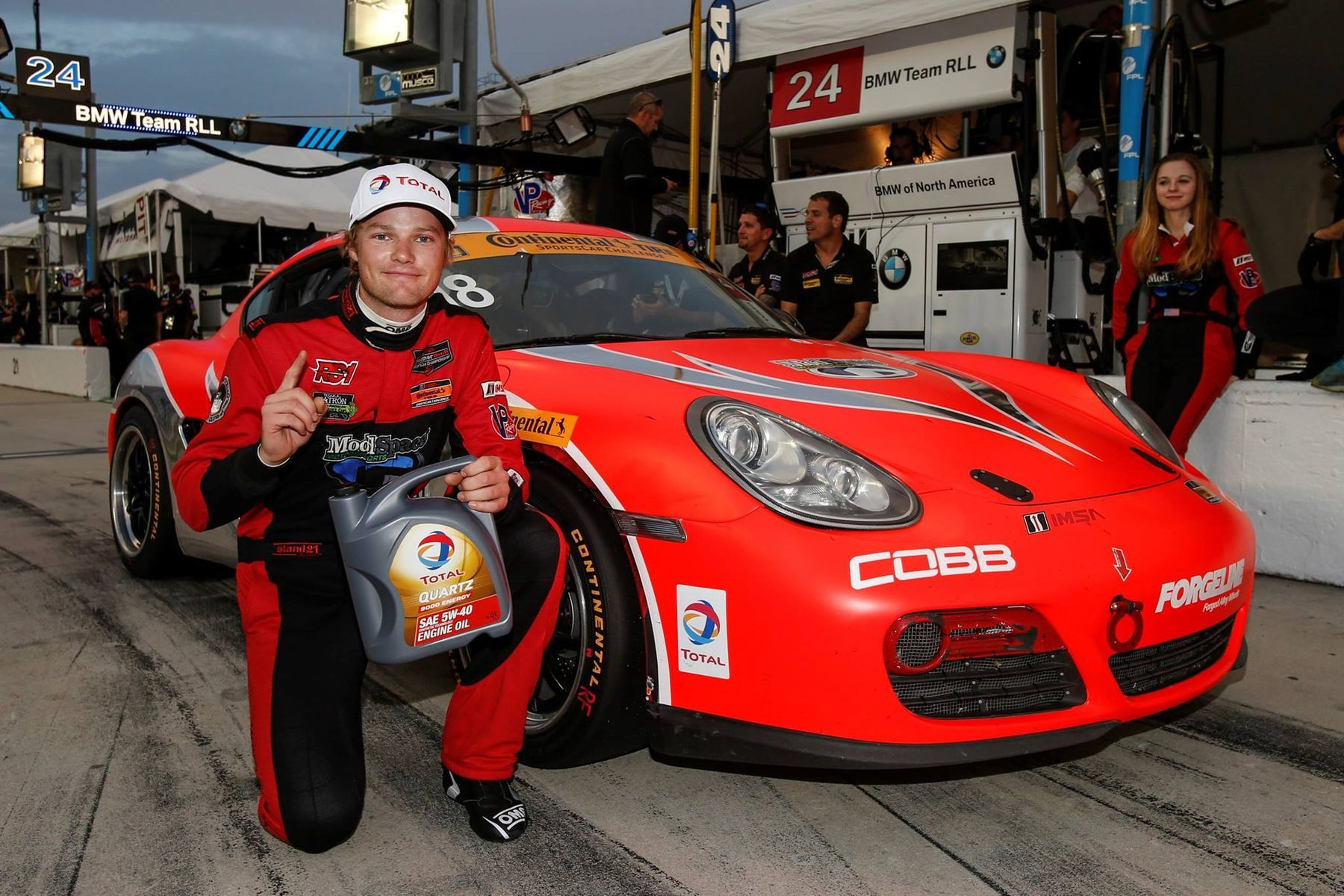 2017 Porsche Cayman | Forgeline Teams on the Pole at Daytona