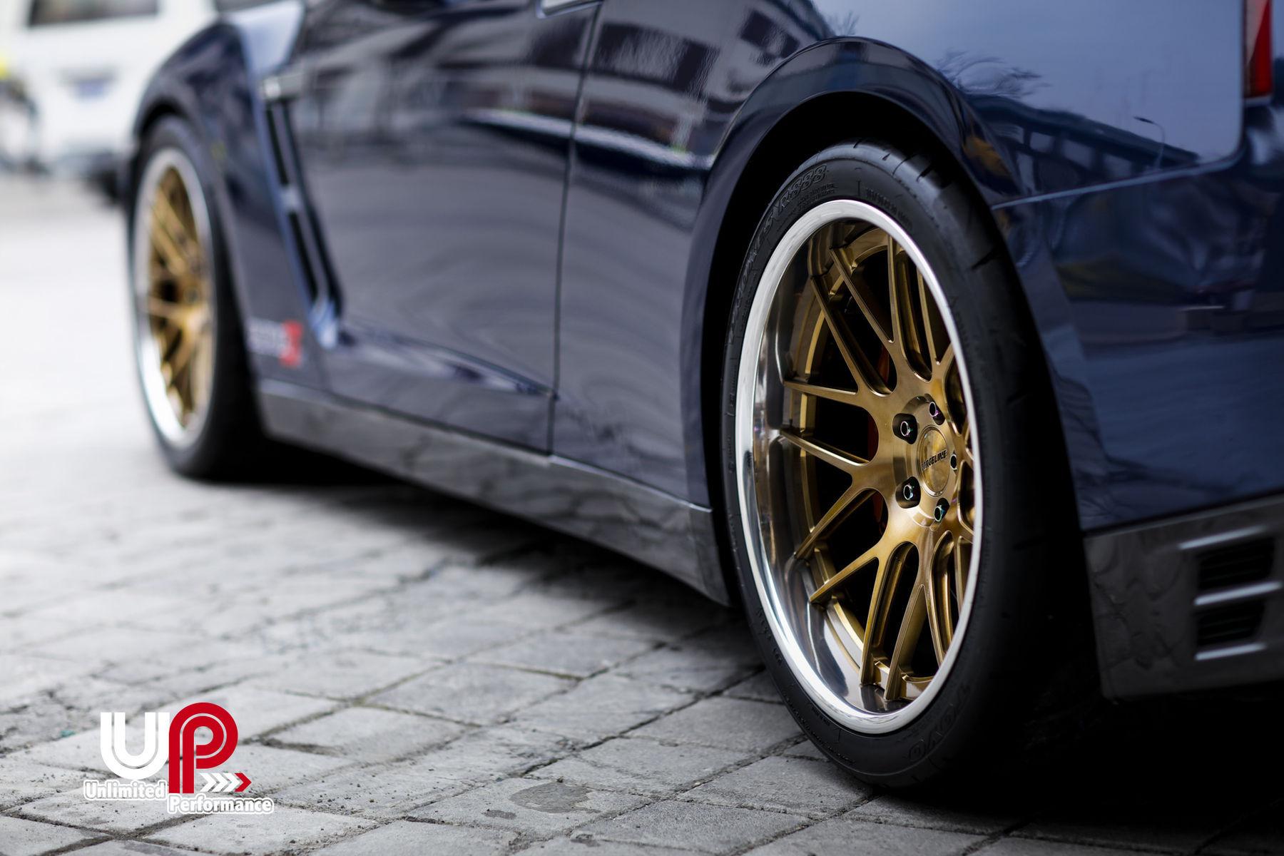 2015 Nissan GT-R   AMS Alpha 7-Powered R35 Nissan GT-R on Forgeline DE3C Concave Wheels