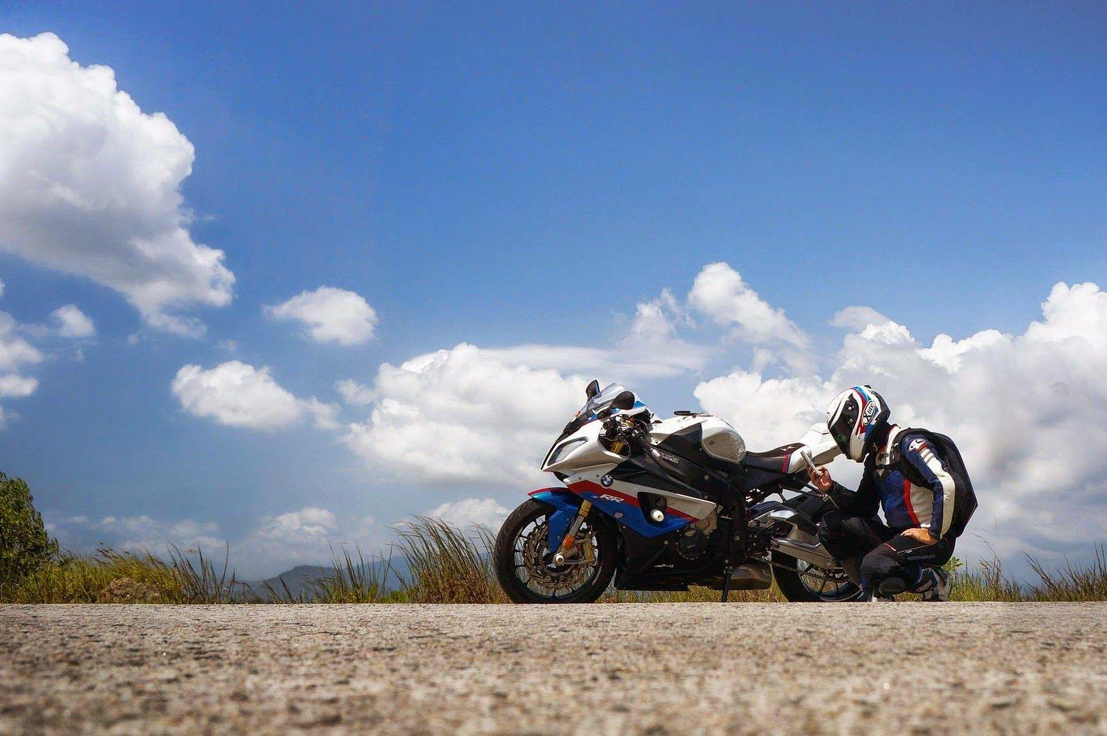 BMW S1000RR | Like Bike, Like Rider
