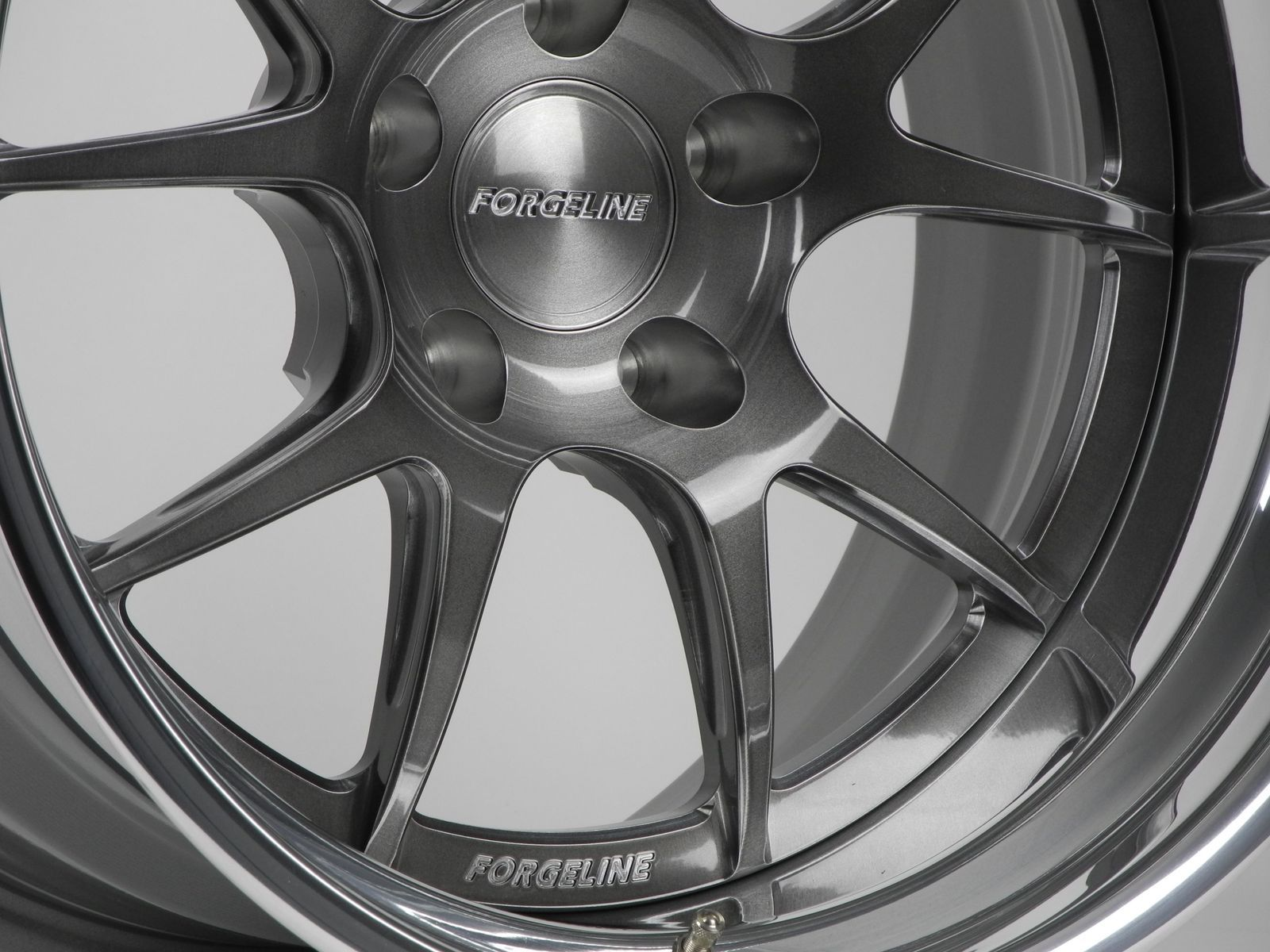 | Forgeline Performance Series GA3 in Transparent Smoke