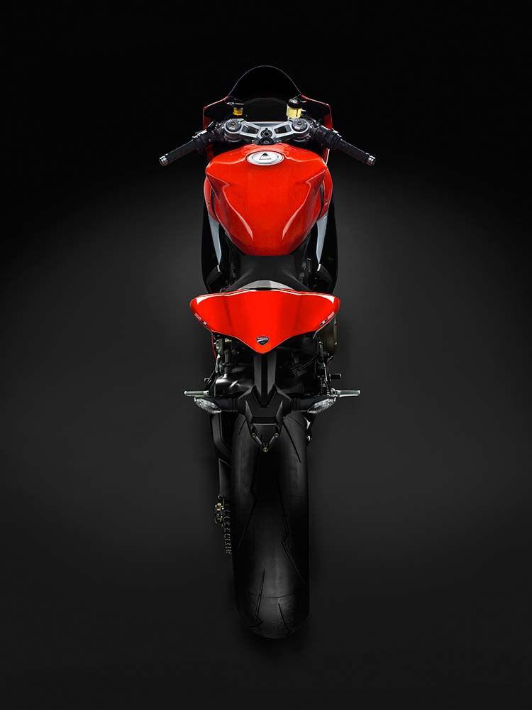 2014 Ducati  | Ducati Superleggera - Rear Shot
