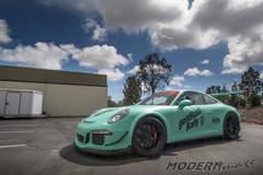Matte Mint Porsche GT3