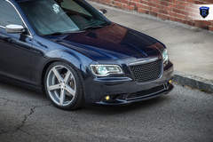 Chrysler 300 - Lowered Front