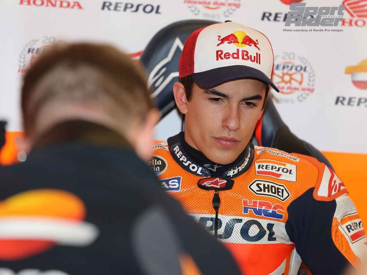 2014   | Marquez renews for 2 years with HRC