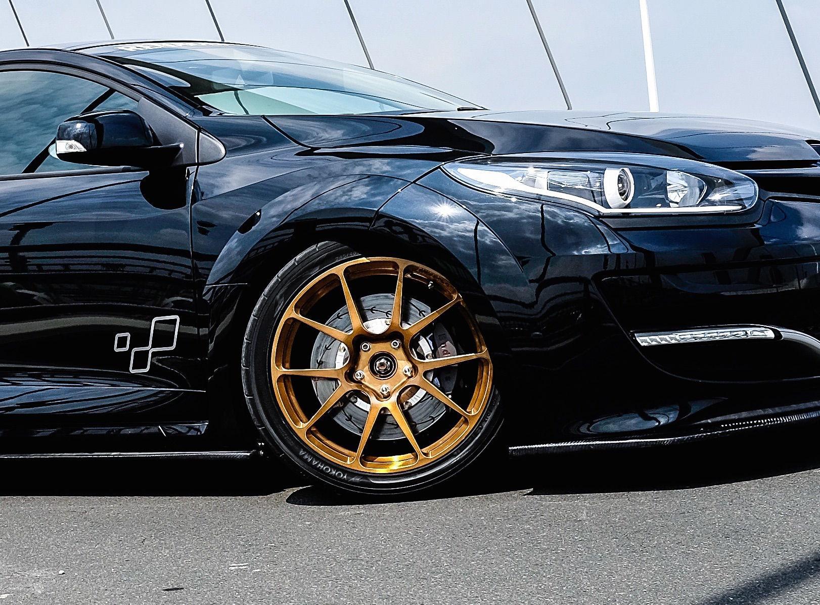 2015 Renault Megane   Renault Megane RS Trophy R on Forgeline GS1R Wheels