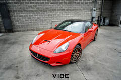 "Ferrari California on 20"" Ferrada F8 FR5 Wheels - Team Vibe"