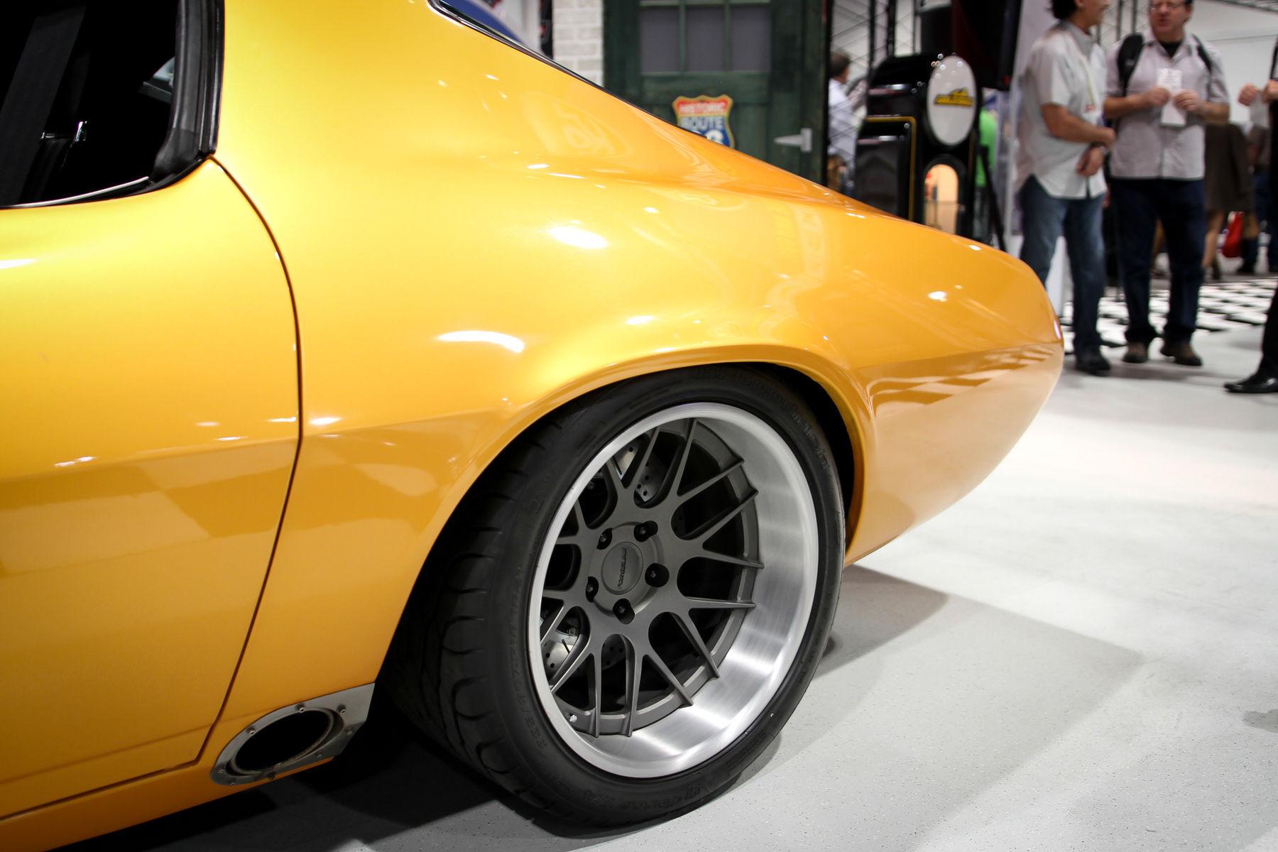 1971 Chevrolet Camaro | Camaro on Forgeline DE3C Wheels