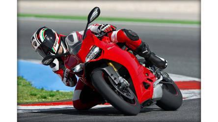 2014 Ducati 1199 PANIGALE S | Ducati 1199 Panigale S - Moto