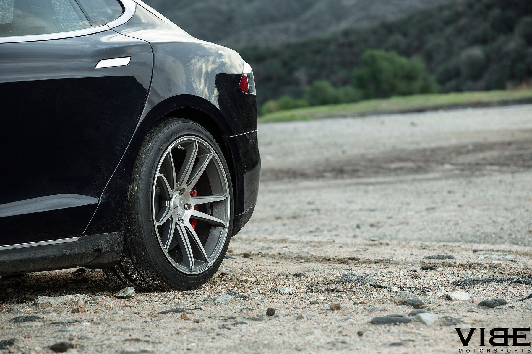 Tesla Model S | Tesla Model S P85D on Concavo CW-S5 - Closeup Wheel Shot