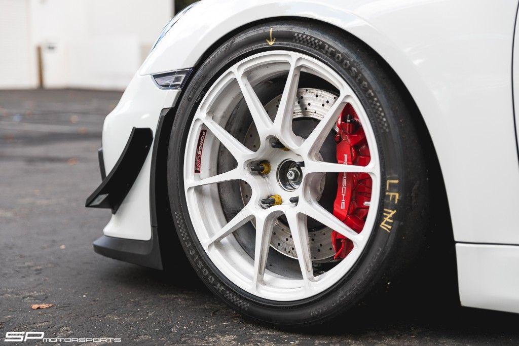 2017 Porsche Cayman | SP Motorsports Porsche Cayman GT4 Race Build on Forgeline One Piece Forged Monoblock GA1R Open Lug Wheels