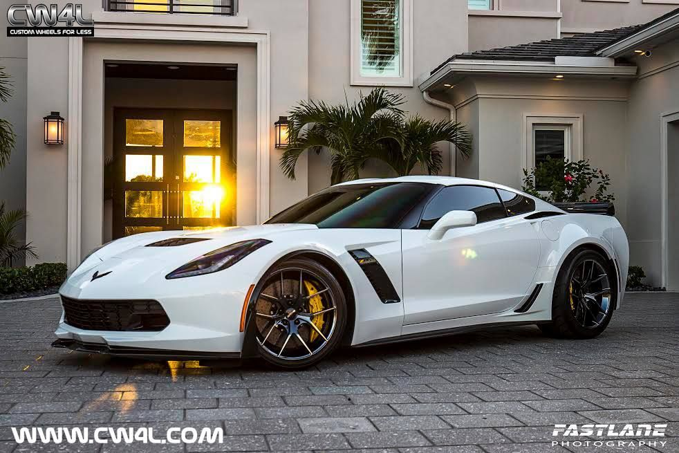 2015 Chevrolet Corvette Z06 | White C7 Corvette Z06 on Forgeline One Piece Forged Monoblock VX1 Wheels in Black Chrome PVD
