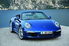 '13 Porsche 911 Carrera 4 Cabriolet