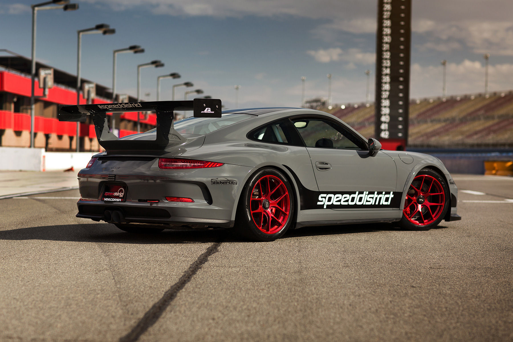 2015 Porsche 911 | Josh Shokri's Speed District 991 Porsche GT3 on Forgeline One Piece Forged Monoblock VX1R Wheels