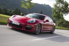 '14 Porsche Panamera GTS