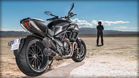 2014 Ducati DIAVEL | Ducati Diavel Dark