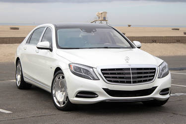 2016 Mercedes-Benz S-Class | 2016 Mercedes-Maybach S600