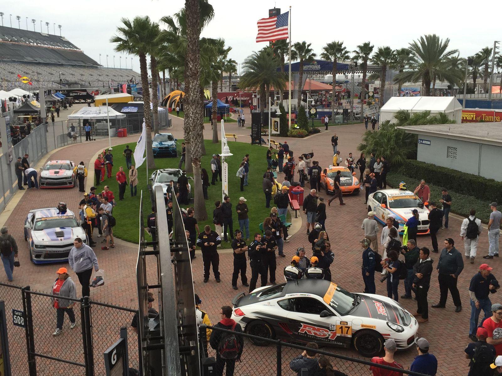 | Forgeline Dominates Victory Lane at the 2015 BMW Performance 200 at Daytona