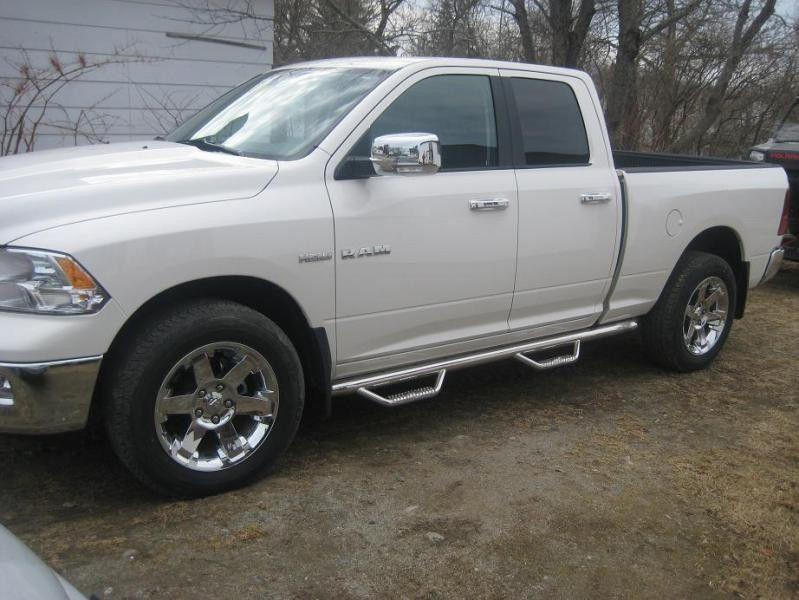 Dodge Ram Pickup 1500 | N-FAB Wheel to Wheel Stainless Steel Nerf-Step