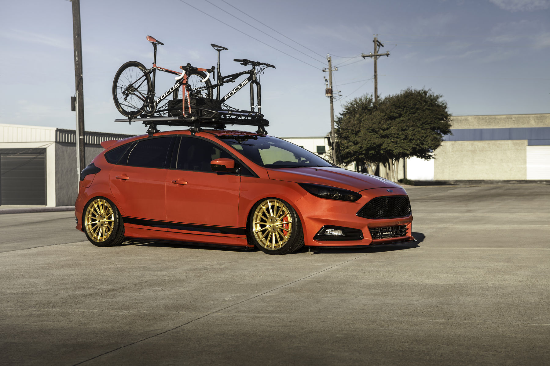 2015 Ford Focus ST | 2015 COBB Tuning Ford Focus ST - Bikes On Racks