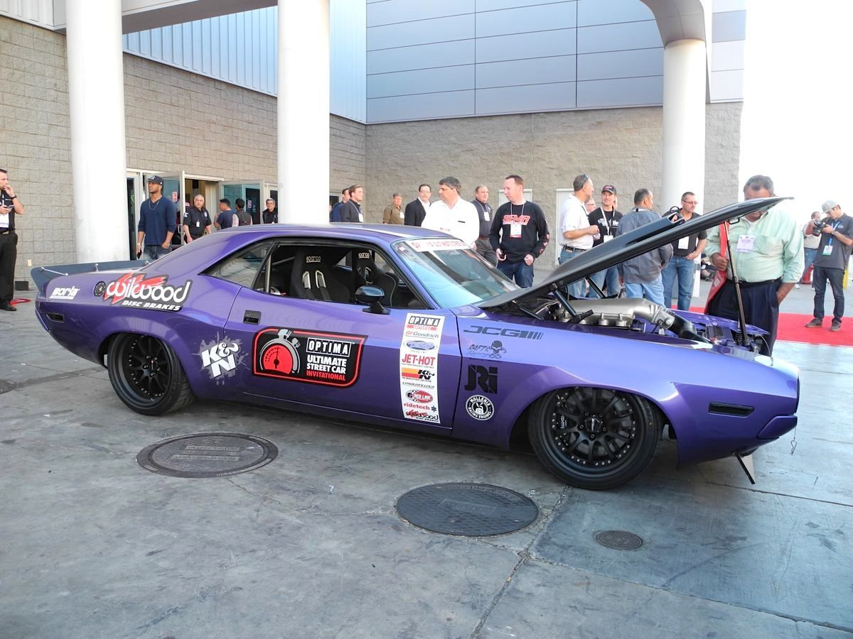1970 Dodge Challenger | Karl Dunn's 1970 Dodge Challenger on Forgeline ZX3R Wheels at SEMA 2014