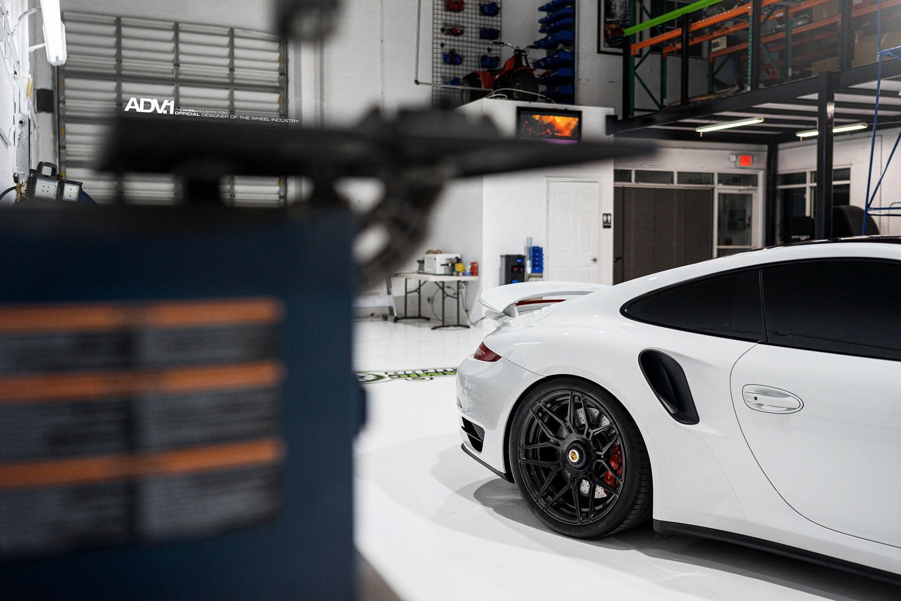 2016 Porsche 911   ADV.1 Wheel Porsche 991 Turbo S