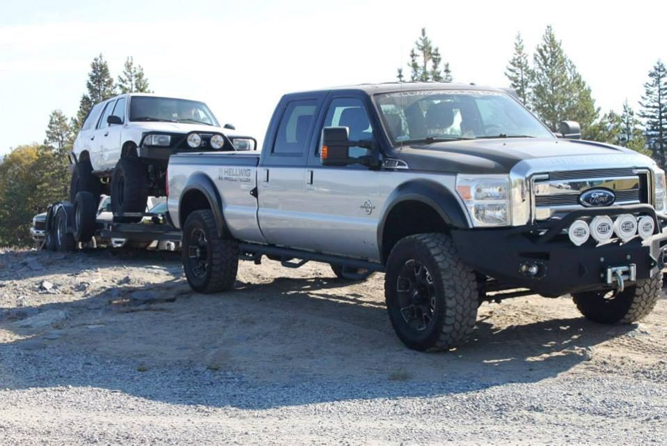 2011 Ford F-250 Super Duty | Hellwig F250 towing to Rubicon
