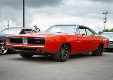 Moe's Charger on Grip Equipped Dropkick Wheels