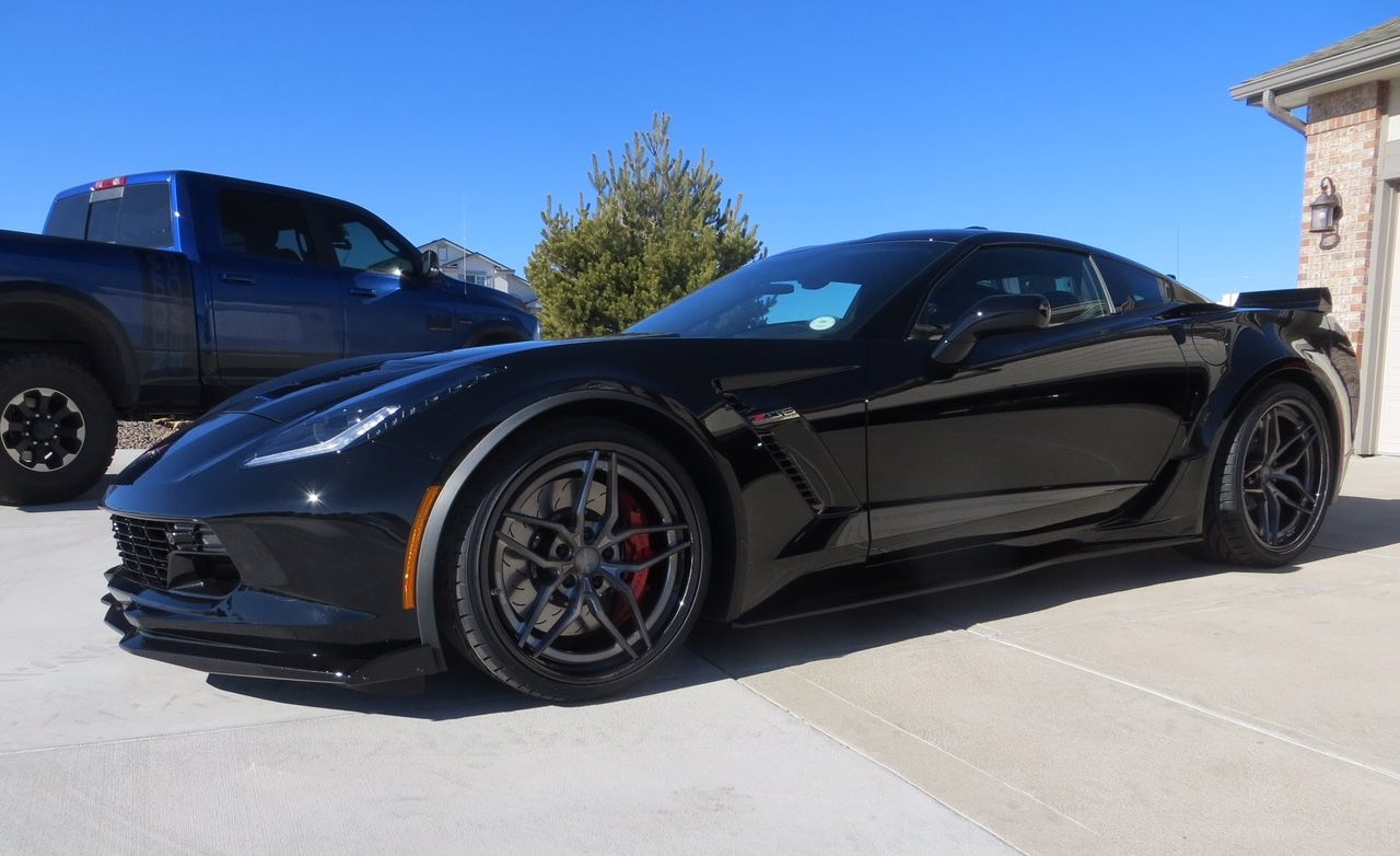 2016 Chevrolet Corvette Z06 | Mike Easterly's C7 Corvette Z06 on Forgeline Carbon+Forged CF204 Wheels