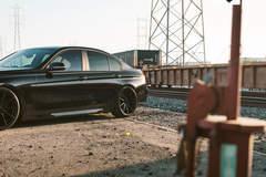 BMW 330i - Locomotion