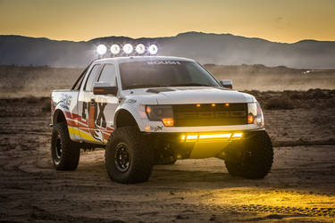 2013 Ford Raptor | Fox RPG Off-Road Raptor - Aftermarket Lighting