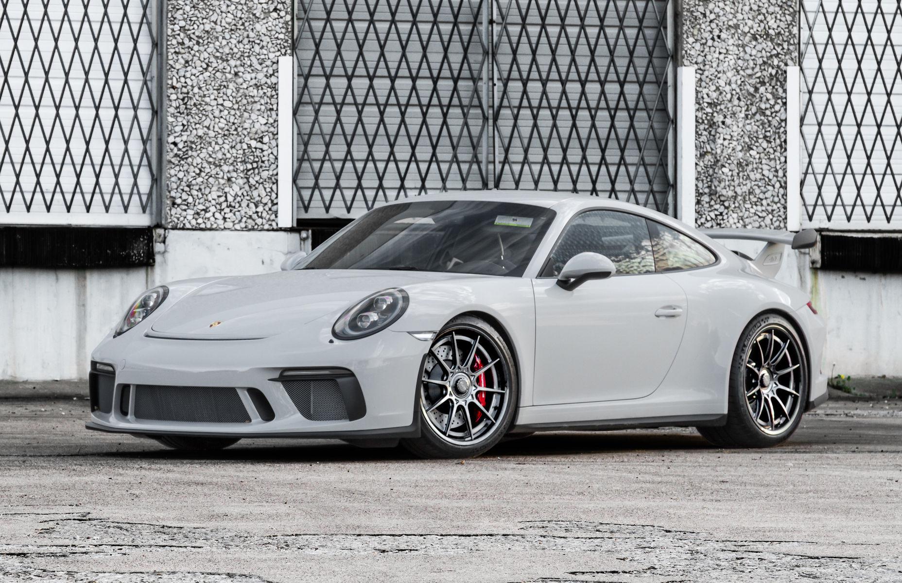 2018 Porsche 911   Wheel Experts' Porsche GT3 on Center Locking Forgeline Carbon+Forged CF205 Wheels