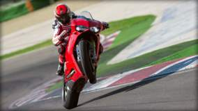 1299 Panigale S - Rear Wheelie