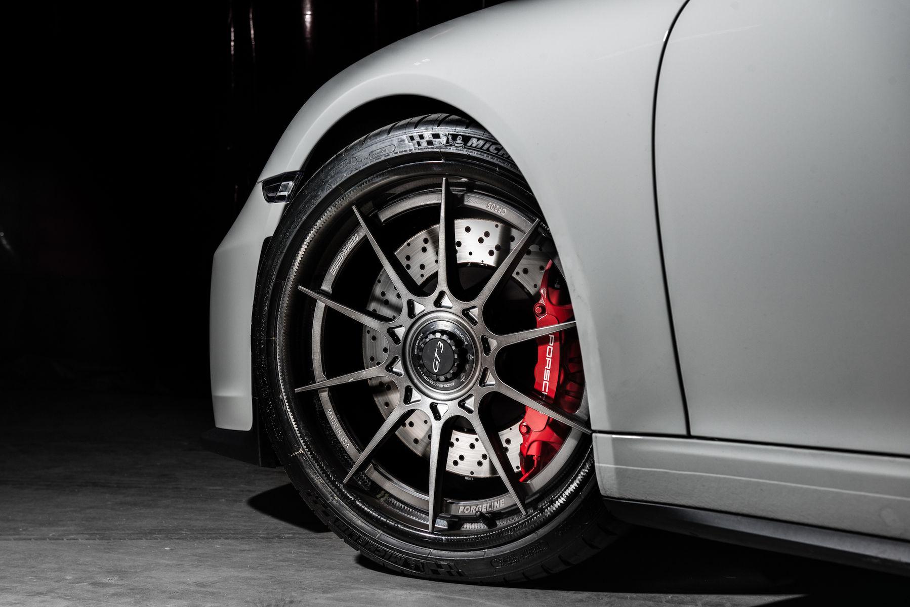 2018 Porsche 911 | Wheel Experts Porsche GT3 on Center Locking Forgeline Carbon+Forged CF205 Wheels