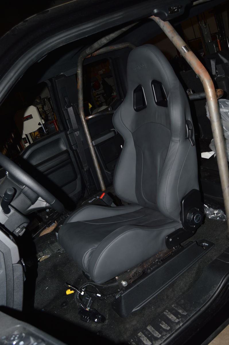| Custom Roll cage & Sparco Racing Seats