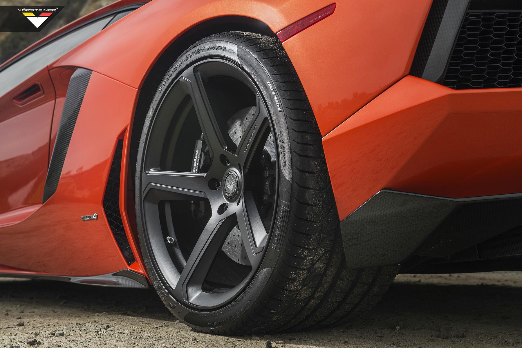 2014 Lamborghini Aventador   Lamborghini Verde Ithaca Aventador-V Roadster